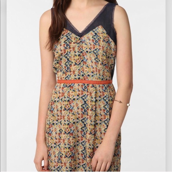 Urban Outfitters | Staring at Stars Floral Dress 4